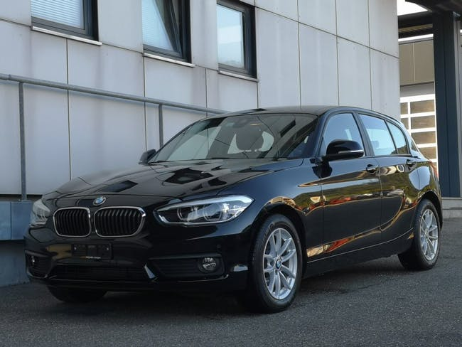 saloon BMW 1er 118d Steptronic