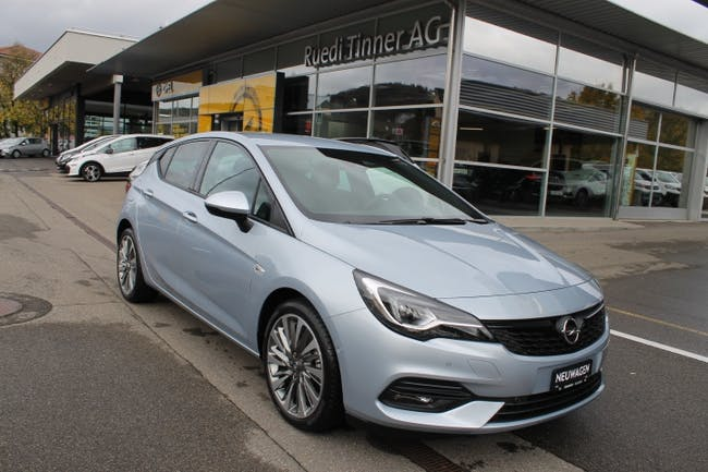 saloon Opel Astra 1.2 T 145 Ultimate S/S