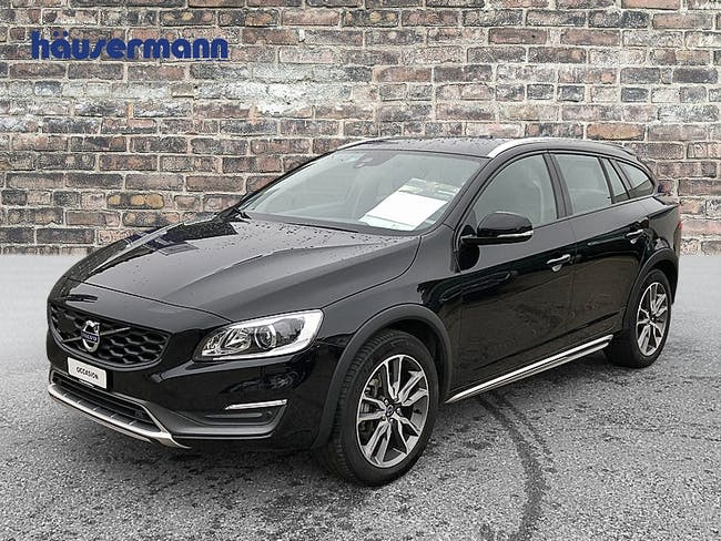 estate Volvo V60 Cross Country 2.5 T5 Summum AWD S/S