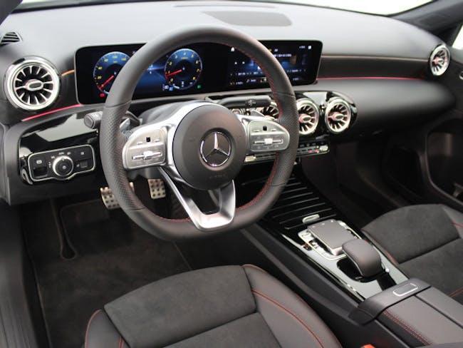 saloon Mercedes-Benz A-Klasse A 220 AMG Line