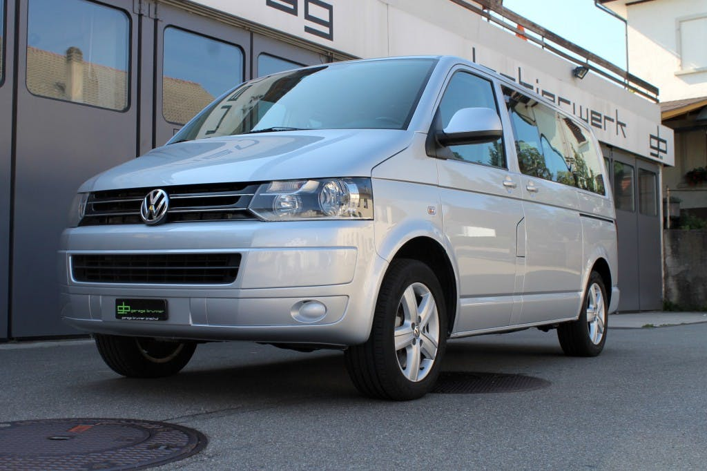 bus VW T5 Multivan 2.0 TDI CR Comfortline 4Motion