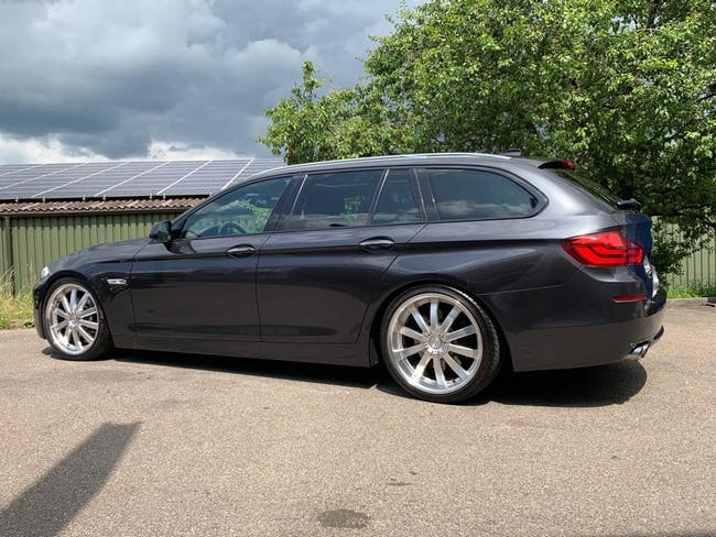 estate BMW 5er 530d xDrive Touring Steptronic