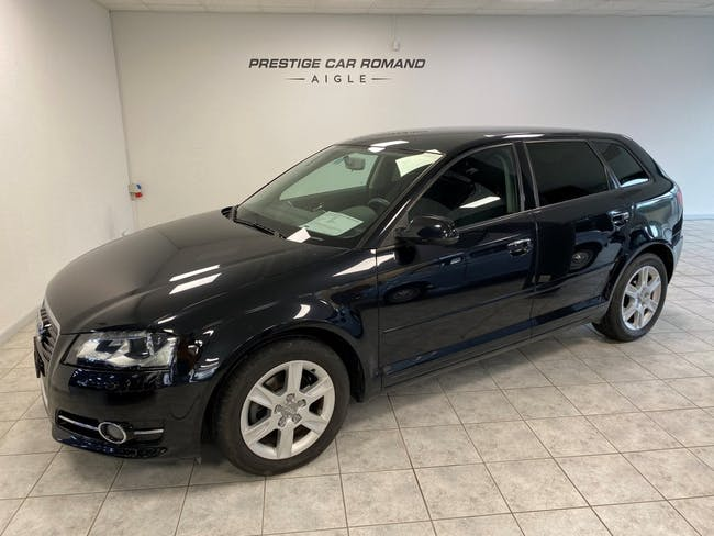 saloon Audi A3 Sportback 1.4 TFSI Attraction