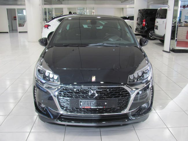saloon DS Automobiles DS3 1.6 THP Performance