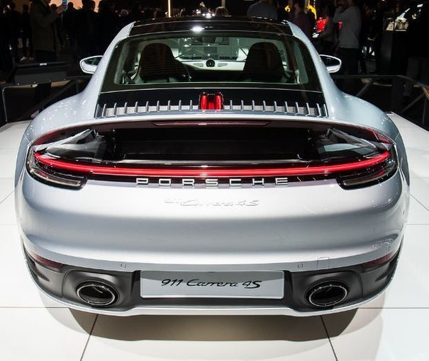 Porsche 911 New 911 Carrera 4S 1 km 142'000 CHF - acheter sur carforyou.ch - 1