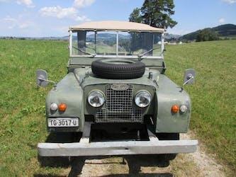 Land Rover Defender 80 Serie 1 100'000 km CHF26'500 - buy on carforyou.ch - 3