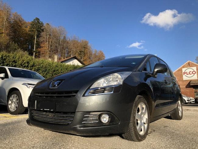 van Peugeot 5008 1.6 HDI Active
