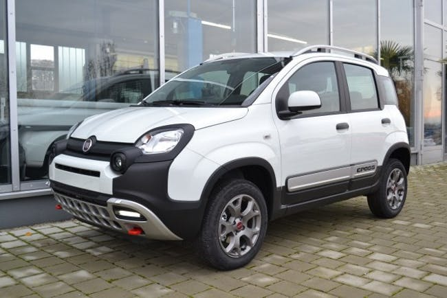 saloon Fiat Panda 0.9T.air Cross 4x4