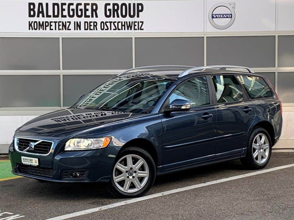 estate Volvo V50 T5 AWD Limited Geartronic