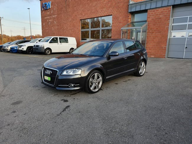 saloon Audi A3 Sportback 1.4 TFSI Attraction S-tronic
