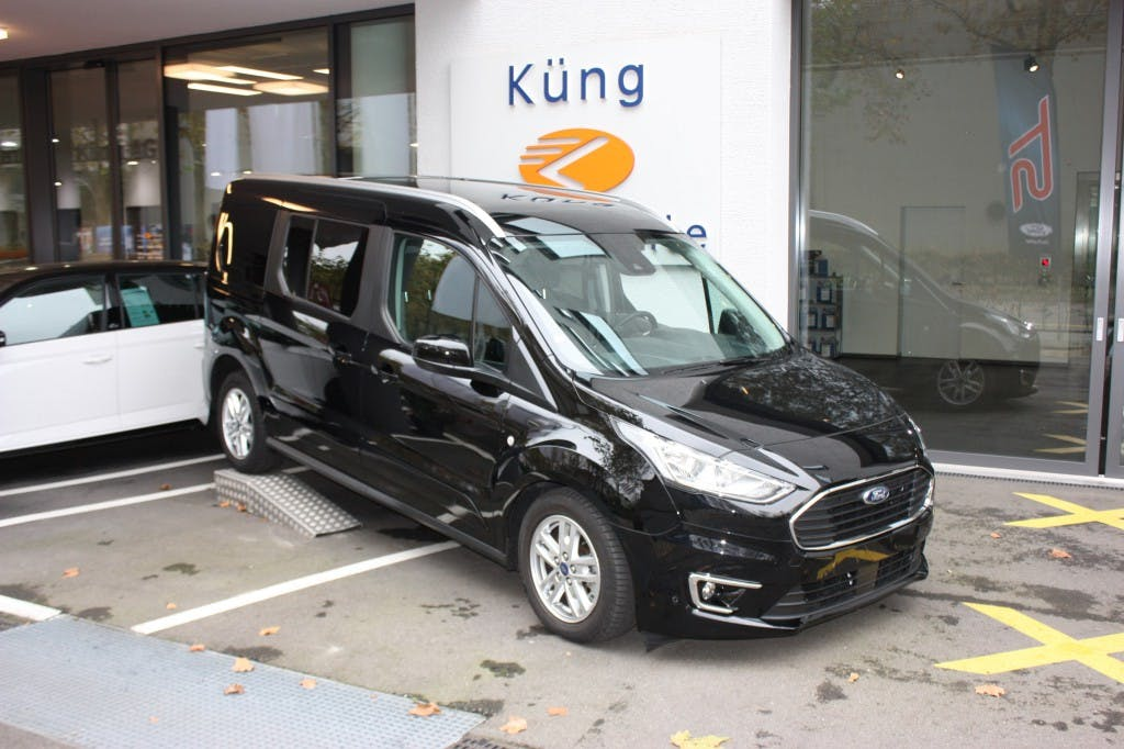 bus Ford Connect Grand Tourneo 1.5 EcoBlue Titanium Automat