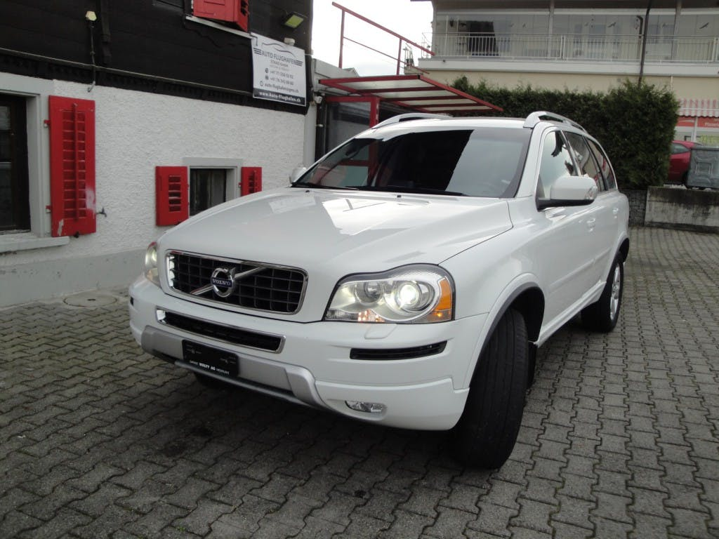 suv Volvo XC90 D5 AWD Kinetic Geartronic