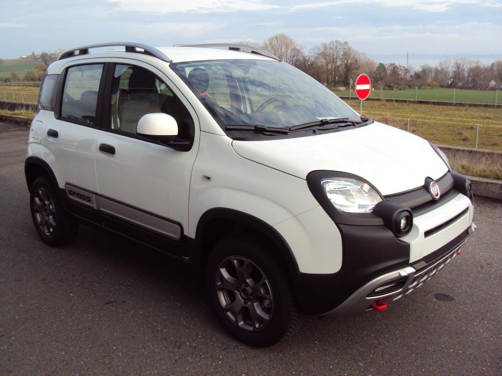 saloon Fiat Panda 4x4 0.9 85cv Cross