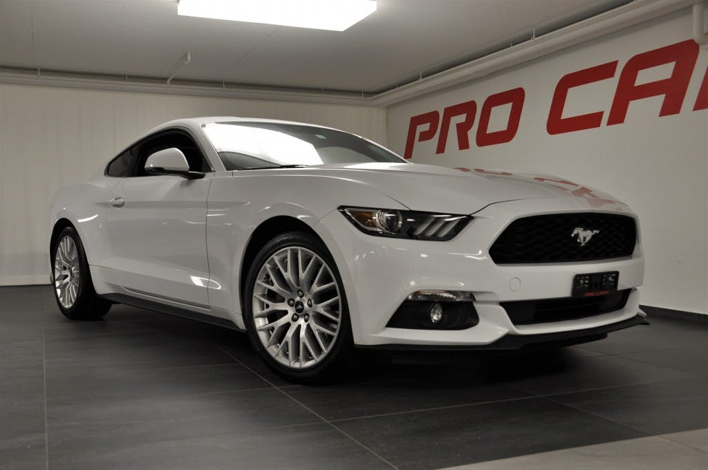 coupe Ford Mustang Fastback 2.3