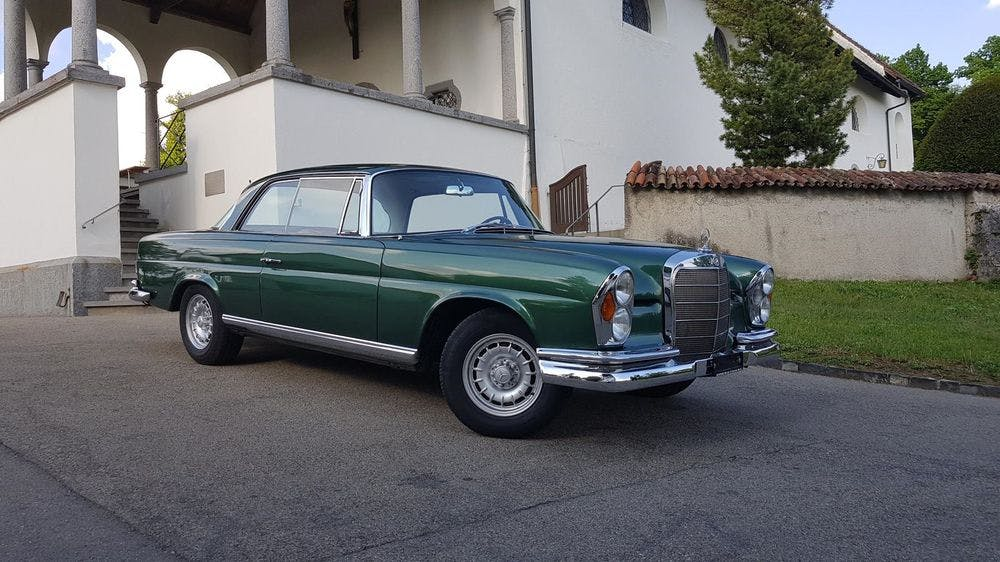 coupe Mercedes-Benz 250 SE W111