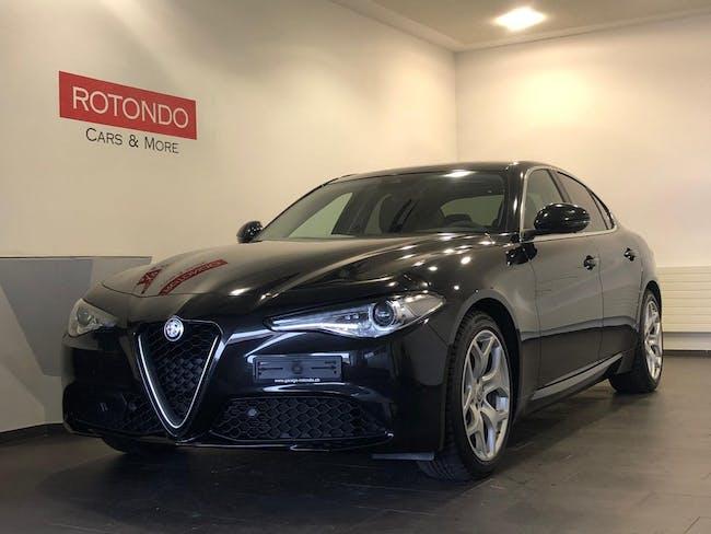 saloon Alfa Romeo Giulia 2.0 Super Automatic