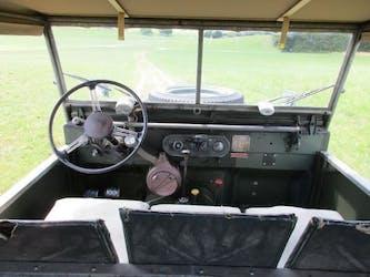 Land Rover Defender 80 Serie 1 100'000 km CHF26'500 - buy on carforyou.ch - 2
