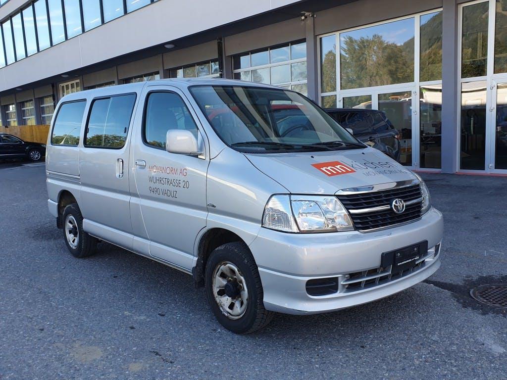bus Toyota Hiace D-4D Wagon GL 4WD S