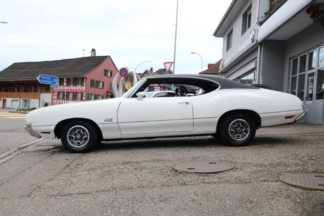 coupe Oldsmobile Cutlass 442 H 7.5lt