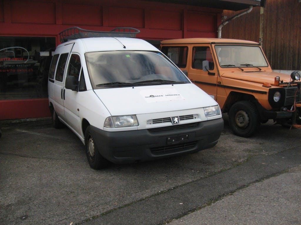 bus Peugeot Expert 1.6 Confort