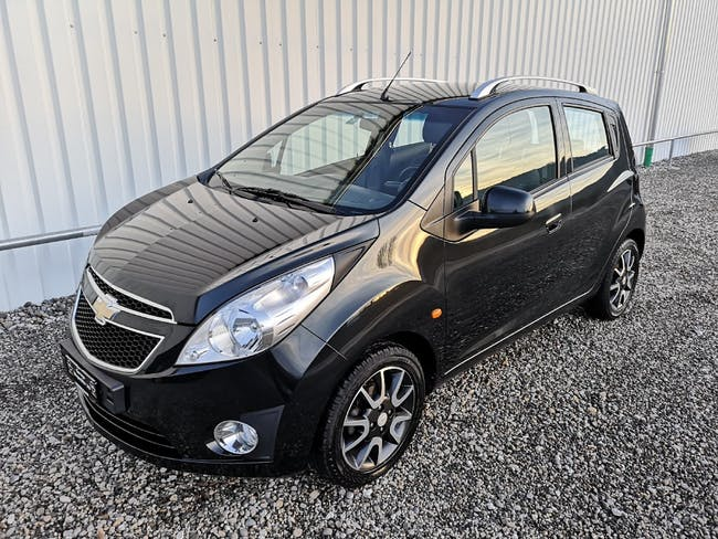 saloon Chevrolet Spark 1.0 LS Cool