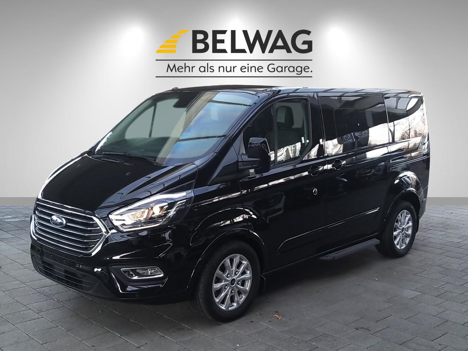 bus Ford Tourneo Bus 2.0D/170 Titanium