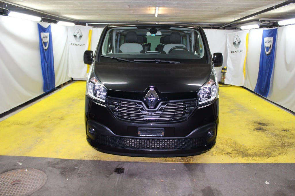 bus Renault Trafic ENERGY dCi 145 Grand Passenger T-Space