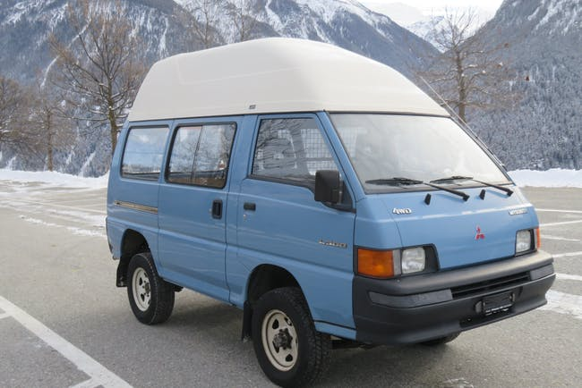 bus Mitsubishi L300 2.3 Country 4WD