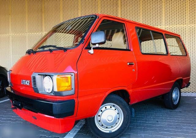 bus Toyota Lite Ace TOYOTA Lite-Ace M20 83'500 km 03.1983