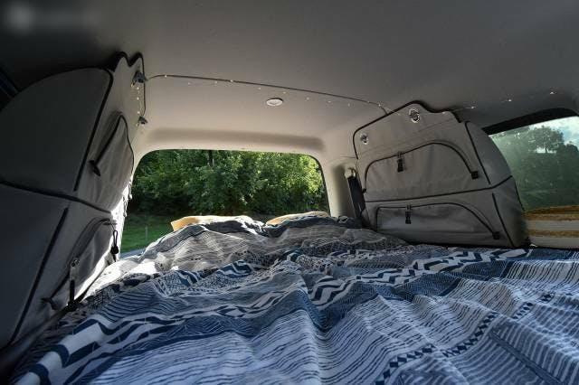 bus VW Caddy VW Maxi 4x4 zu Camper ausgebaut, nur 8000 km