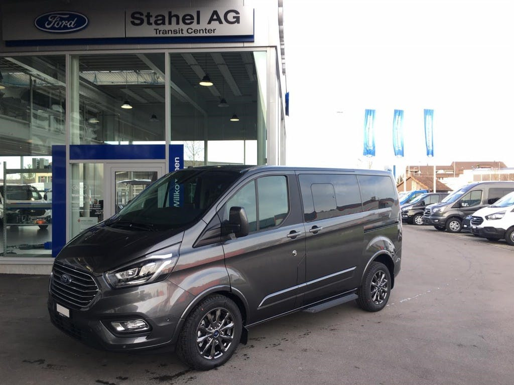 bus Ford Transit Custom Tourneo C Bus 320 L1 2.0 TDCi 185 Titanium X