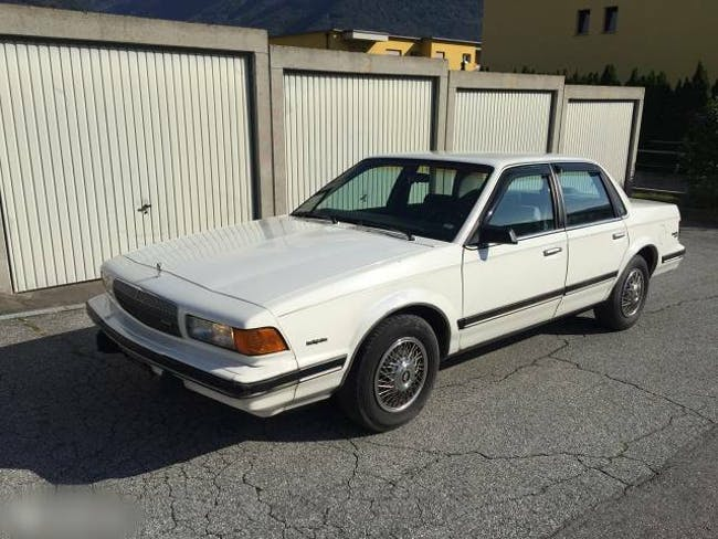 saloon Buick Century Buick 3.3 V6 AMERICAN