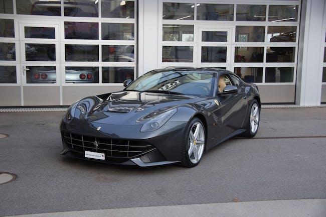 sportscar Ferrari F12 Berlinetta