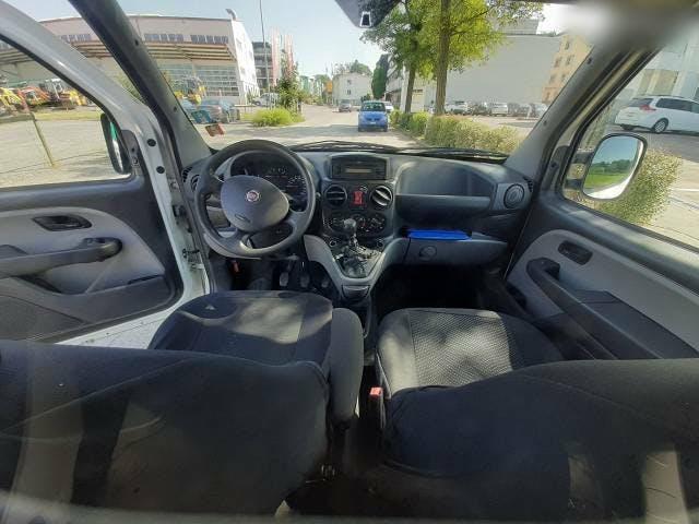 bus Fiat Doblo Fiat 1.6 Benziner hat 2008 km 86.000
