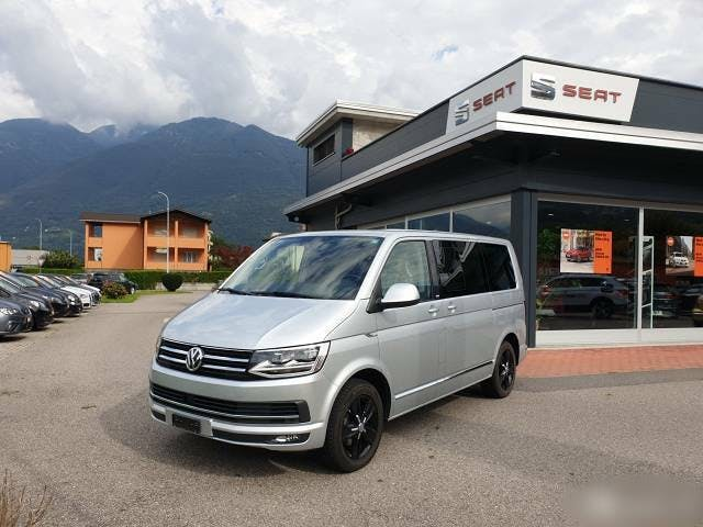 bus VW T6 VW Multivan 2.0 TDI Comfortline Generation Six (Bus)