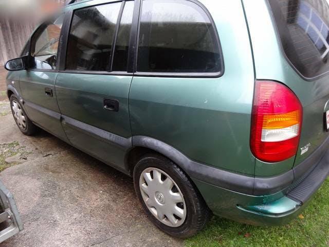 bus Opel Zafira Opel 1.8