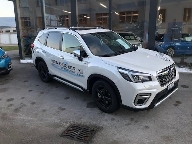 suv Subaru Forester Station 2.0i e-Boxer Luxury