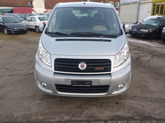 bus Fiat Scudo Panorama 3000 2.0 JTD 136 DPF Executive