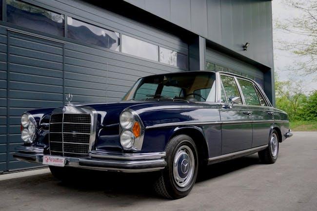 saloon Mercedes-Benz 300 SEL
