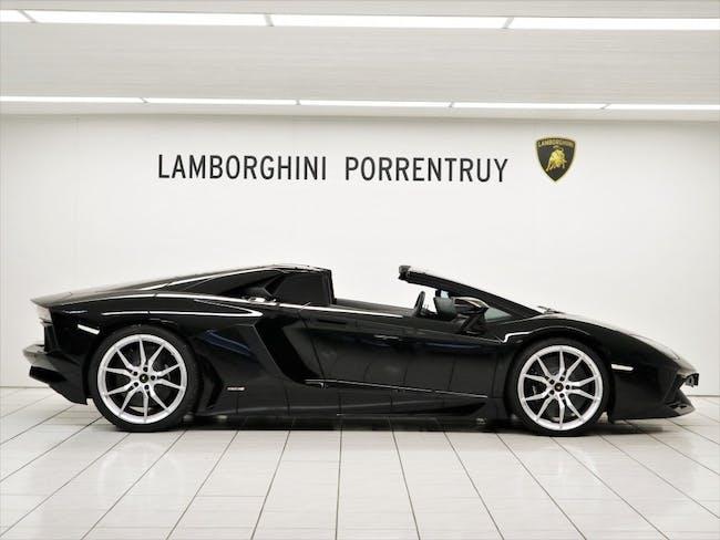 cabriolet Lamborghini Aventador LP700-4 Roadster E-Gear