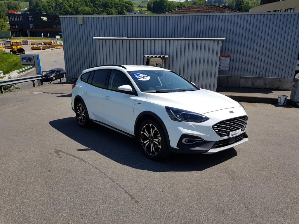 estate Ford Focus Station Wagon 1.0i EcoB 125 Active