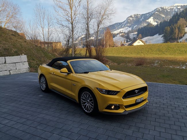 cabriolet Ford Mustang Convertible 5.0 V8 GT Automat