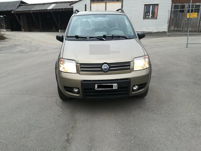 saloon Fiat Panda 1.3 JTD Trekking S/S