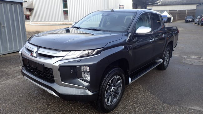 suv Mitsubishi L200 D-Cab Pick-up 2.2 DID 4x4 Diamond