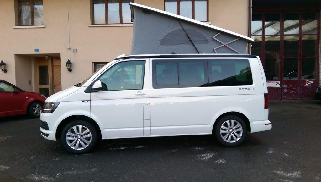 bus VW T6 California 2.0 Bi-TDI Beach 4Motion