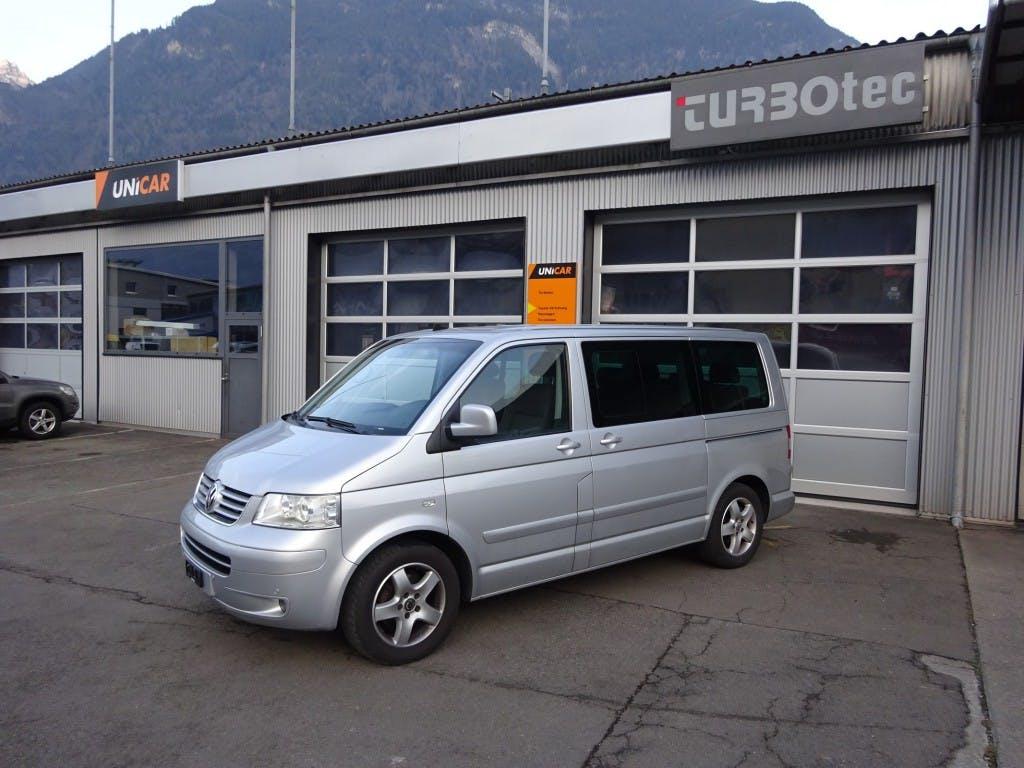 bus VW T5 Multivan Comfortline 2.5 TDI 4M