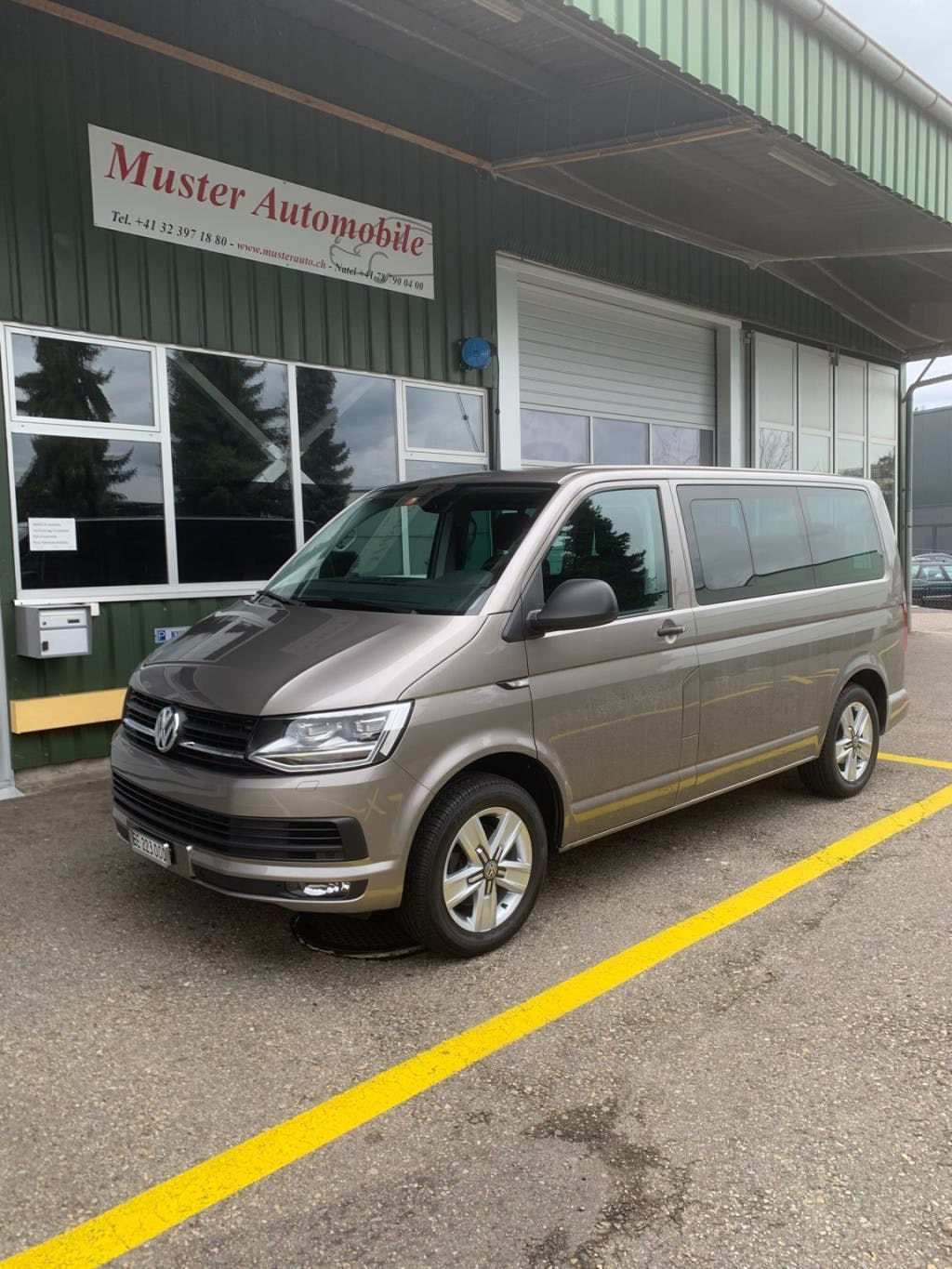 bus VW T6 Multivan 2.0 TDI Trendline Liberty DSG 150 PS