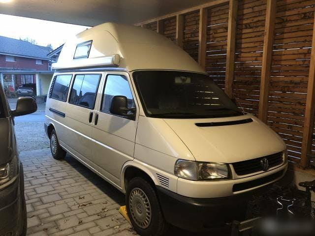bus VW T4 2.5 TD LR CamperVan mit 5 Plätzen und Anhängerkupplung