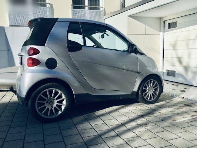 cabriolet Smart Fortwo Cabrio mit Anhängevorrichtung