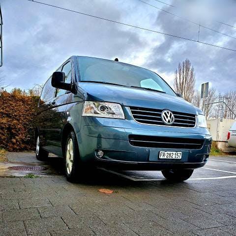 bus VW T5 multivan
